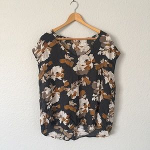 Grey and Mustard Floral Sleeveless Blouse